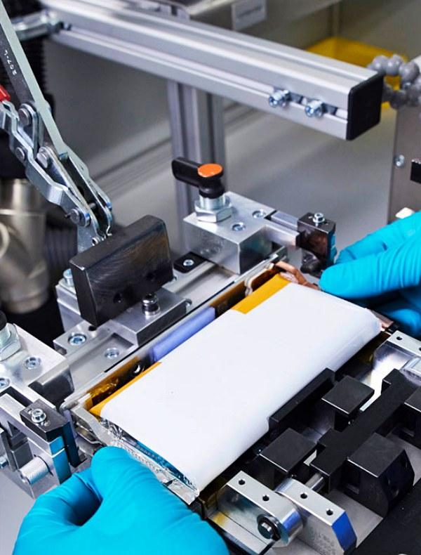 Volkswagen y Northvolt 'unen fuerzas' para producir baterías para vehículos eléctricos
