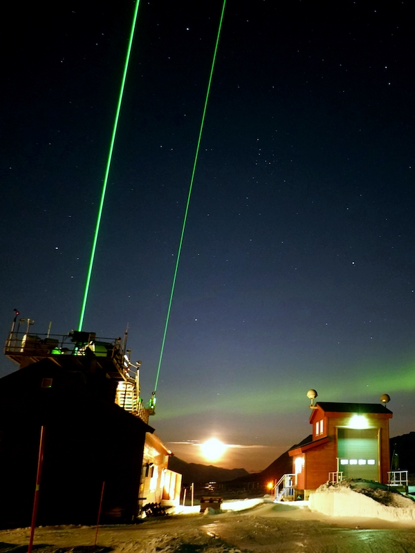 Analizando las partículas de la atmósfera por la noche
