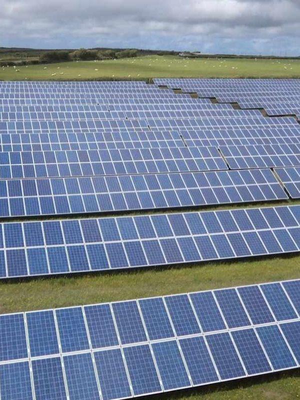 La Comunitat Valenciana agilizará la puesta en marcha de plantas de energías renovables