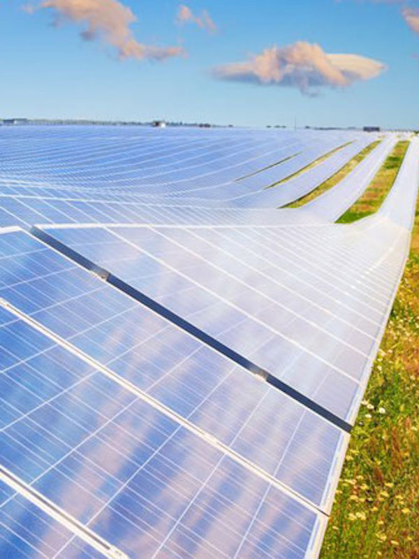 Mairena del Alcor invierte más de 1,5 millones en mejora energética y fotovoltaica de edificios municipales