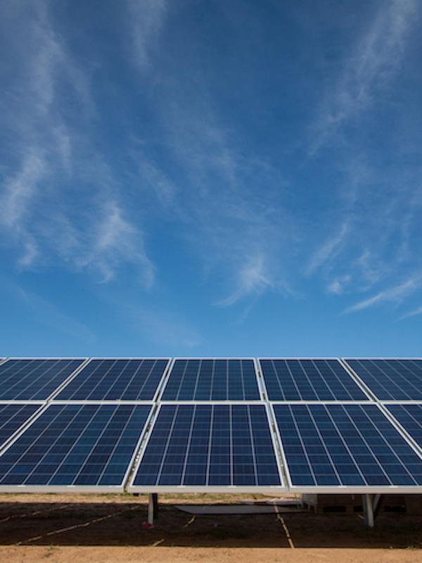 La construcción de las plantas fotovoltaicas de Endesa en Málaga emplea tecnología innovadora
