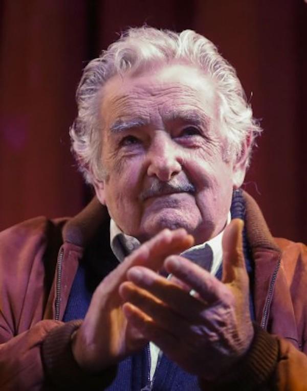 Mujica advierte sobre un posible