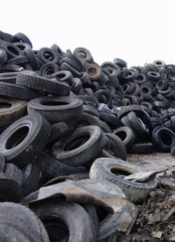 En Castilla y León se revuelven las 'tripas por la incineración de 33.500 toneladas anuales de neumáticos usados