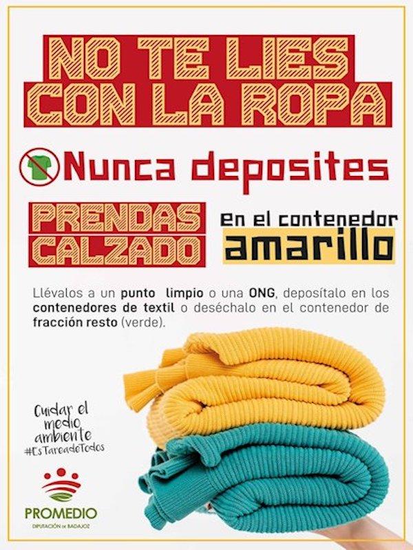 Badajoz, campaña para que los ciudadanos no tiren ropa a los contenedores amarillos