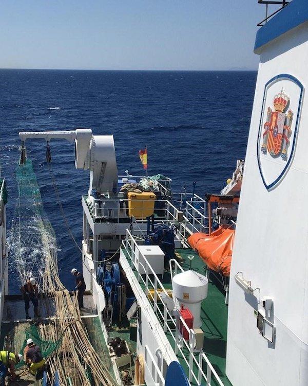 El buque oceanográfico Miguel Oliver inicia la campaña de investigación pesquera ARSA 2020 en el Golfo de Cádiz