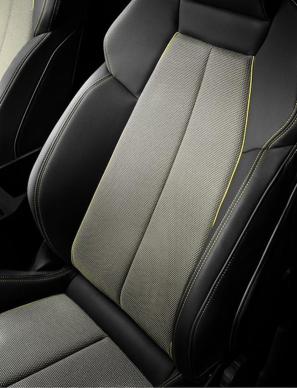Audi, tapicerías a partir de botellas de plástico