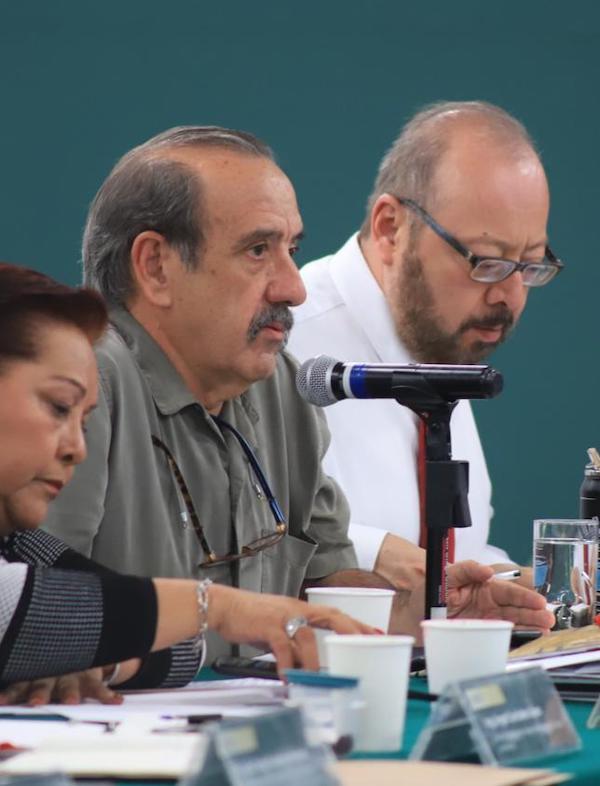 México. Víctor M. Toledo informó a senadores el estado que guardan los temas ambientales del país Secretaría de Medio Ambiente y Recursos Naturales