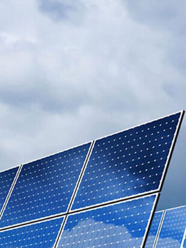 Comunidades de vecinos de Cádiz capital comienzan a producir electricidad renovable compartida