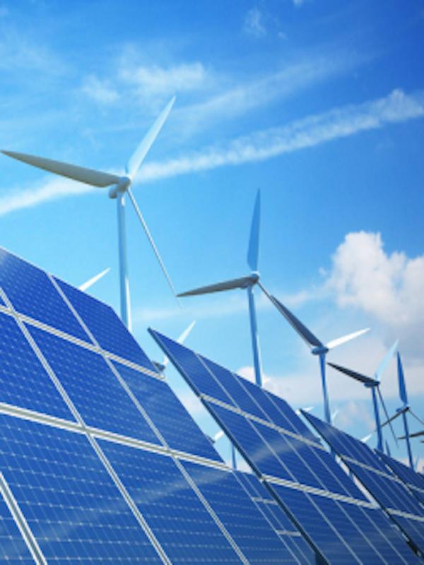 El Congreso examina la nueva regulación de energías renovables