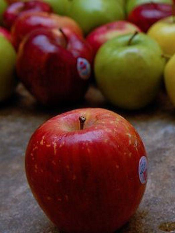 Manzanas 'atiborradas' de pesticidas
