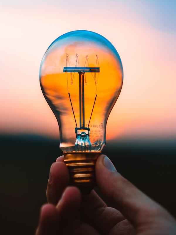 Los 10 consejos de BULB para ahorrar en tu factura de la luz