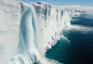Ya solo nos queda el 50% del casquete polar ártico