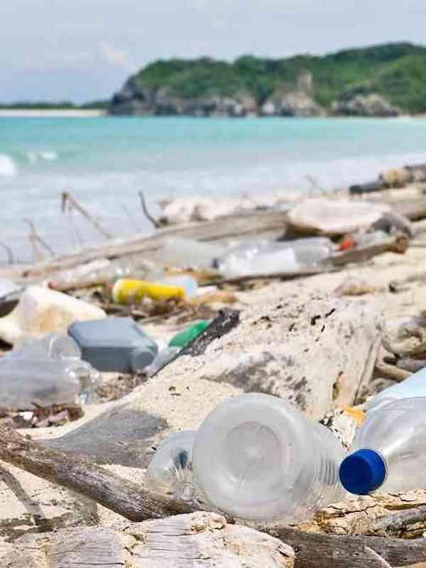 El Ministerio de Ambiente y Parques Nacionales de Argentina reducirán los plásticos de un solo uso