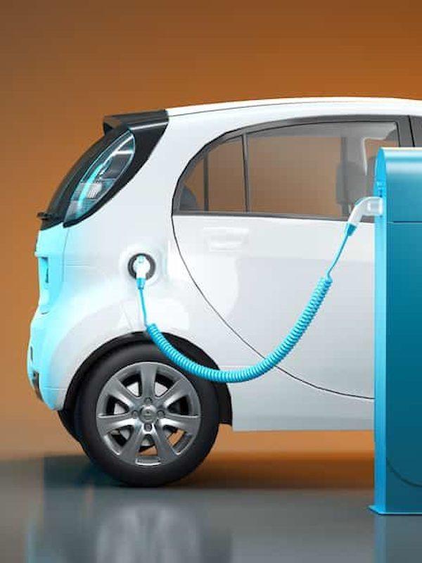 Automatriculaciones de coches híbridos y eléctricos 'al alza' en Europa