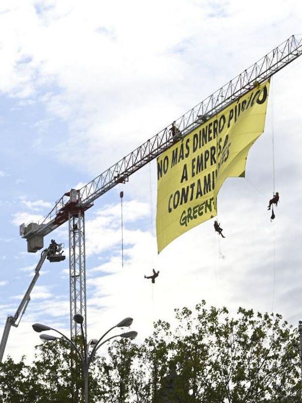 NO a las subvenciones a empresas contaminantes
