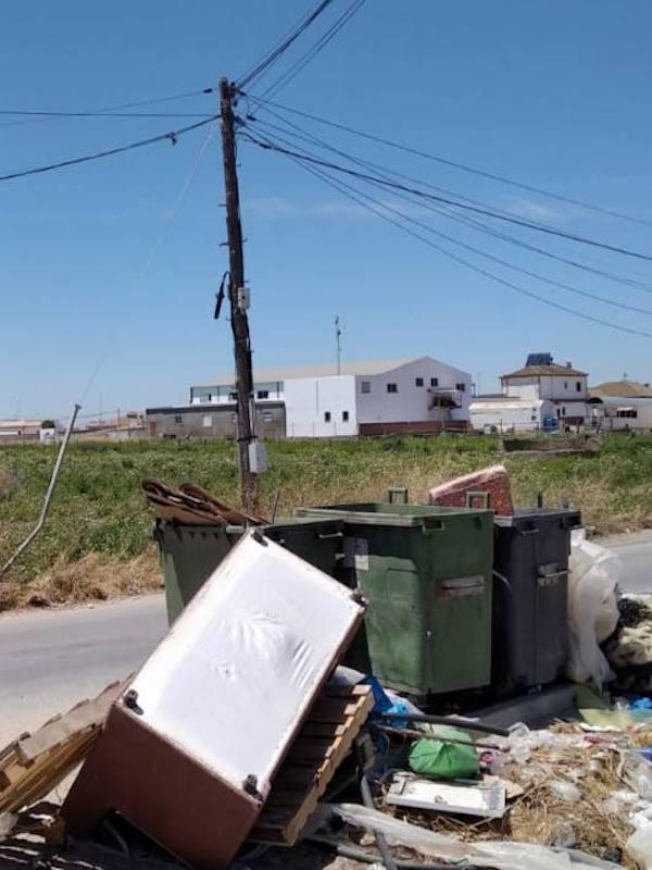La planta de recogida de plásticos de la Colonia lleva ya más de 9 meses sin funcionar