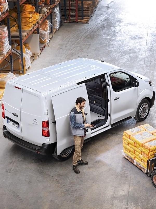 PSA Vigo arranca con el montaje de la furgoneta eléctrica