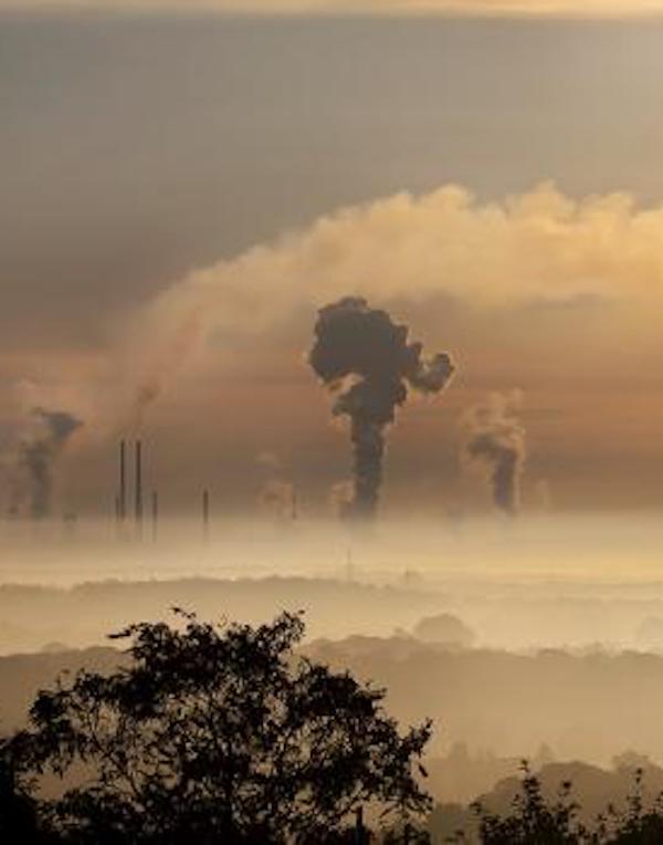 Los españoles ven en el cambio climático y la contaminación los problemas medioambientales más preocupantes