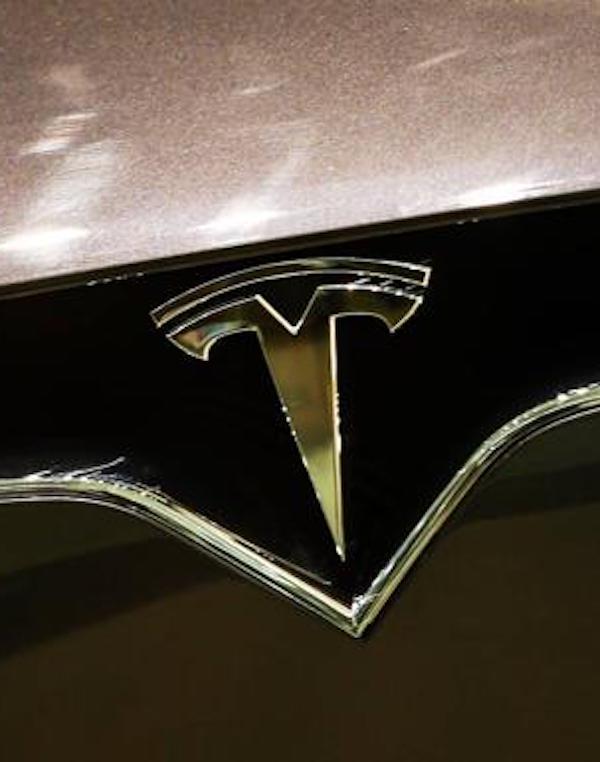 Musk propone la celebración de una 'rave' bajo el suelo de la futura fábrica de Tesla en Berlín