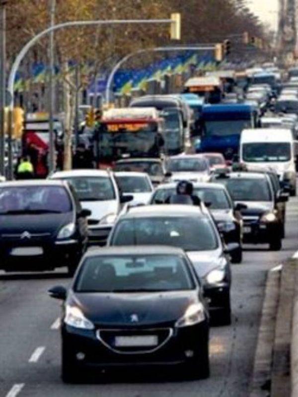 Barcelona ha reducido 36.000 vehículos contaminantes en la ZBE desde noviembre