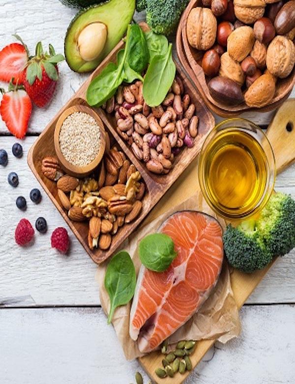 Si no quieres envejecer de mala manera, toma nota de esta dieta saludable