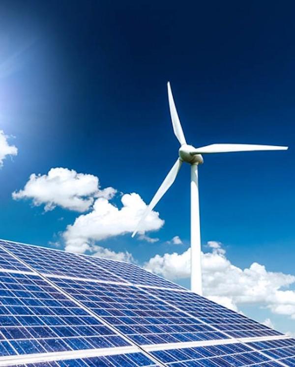 El 'boom' de las renovables en 2019 les permite superar en potencia instalada al resto de tecnologías en la Península