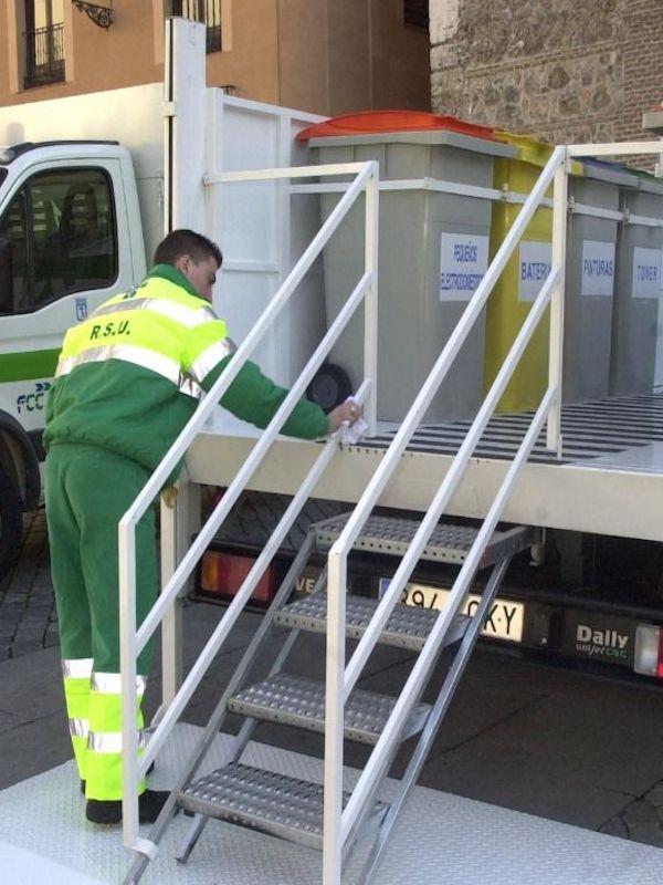 Madrid reabre los puntos limpios móviles en los 21 distritos de la ciudad