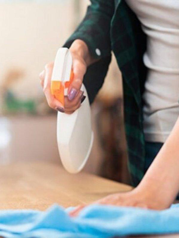 Amistades peligrosas entre productos para desinfectar el COVID-19