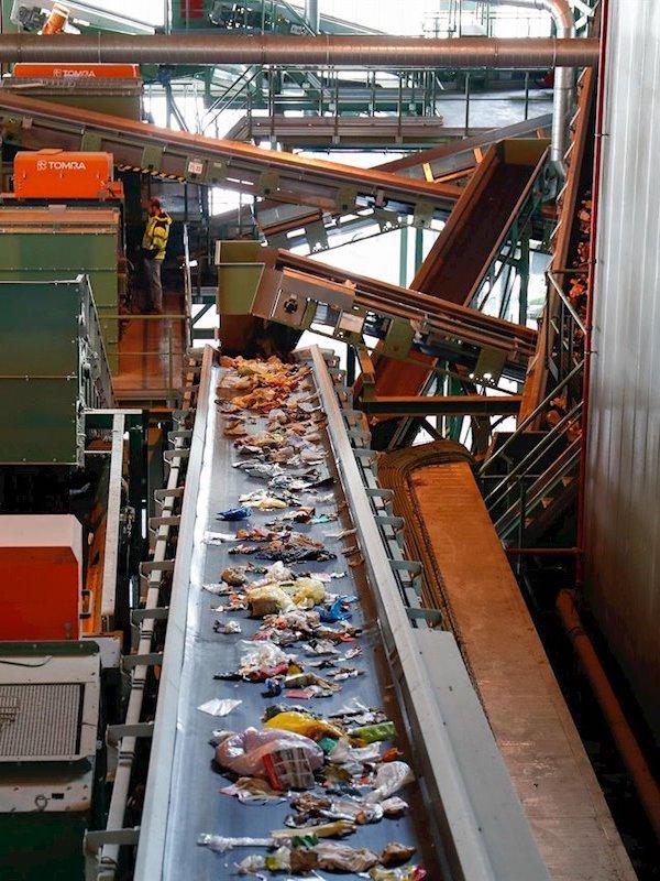 Valdemingómez no aprende nada del pasado, trata toneladas de residuos sanitarios potencialmente infecciosos