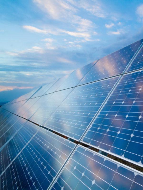 Comercializadora valora los excedentes de energía solar a 85 €/MWh, razón: 'ecovatios'