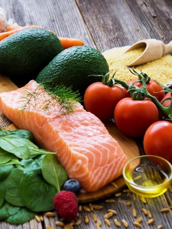 Incluir pescado en tu dieta saludable es 'una gran idea' para tu corazón
