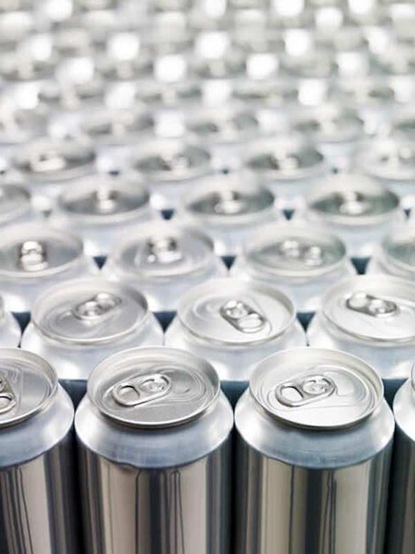 Las 'enormes ventajas' de los envases alimentarios hechos con aluminio