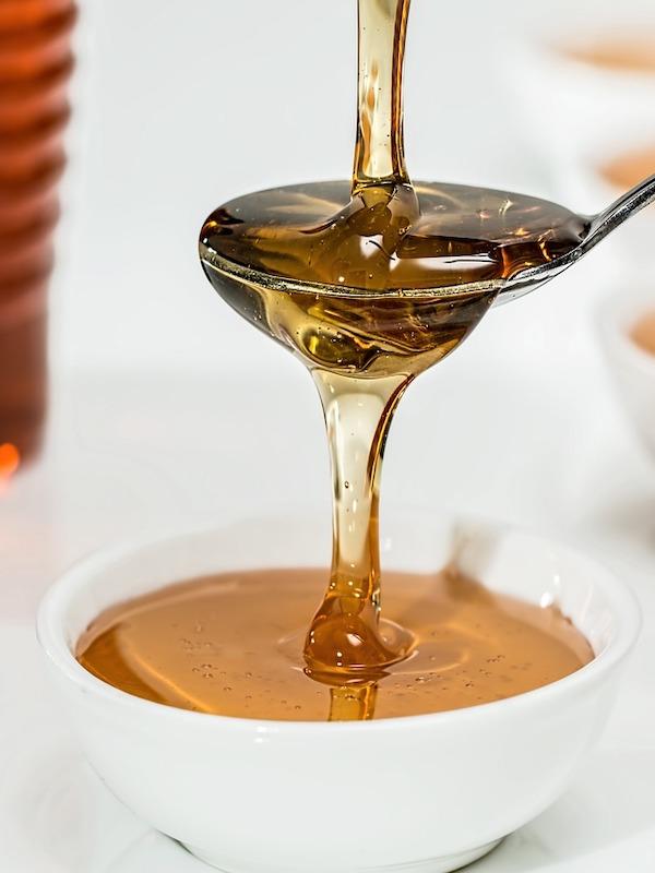 Tecnología verde para identificar edulcorantes en la miel