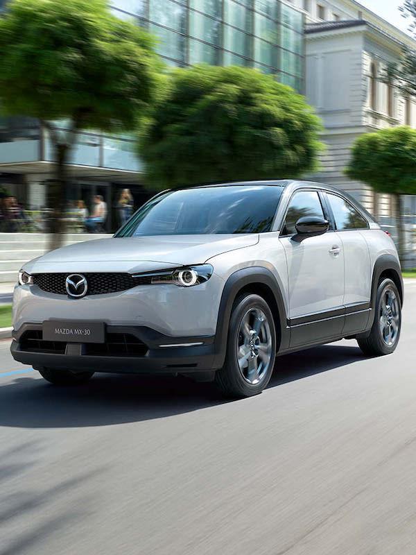 Iberdrola y Mazda. 'alianza' para impulsar la movilidad eléctrica con el Mazda MX-30