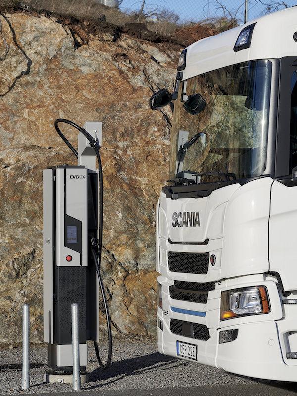 Scania + ENGIE + EVBox, una alianza para ofrecer soluciones de recarga eléctrica