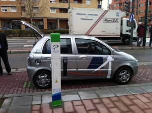 Solo con el coche eléctrico no llegamos a los objetivos del Acuerdo de París