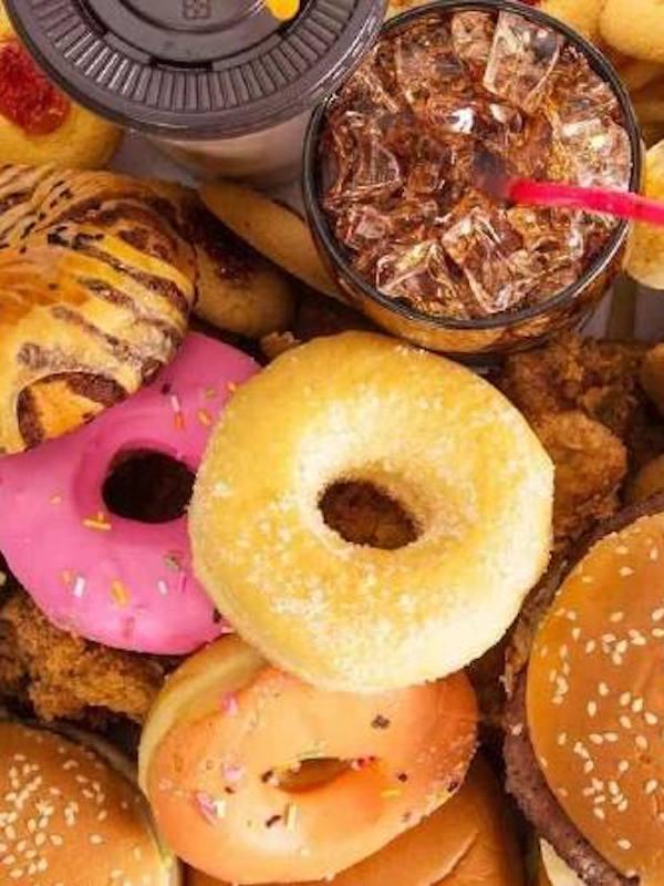Tu 'corazón' te agradecerá que no tomes alimentos procesados, bollería y refrescos