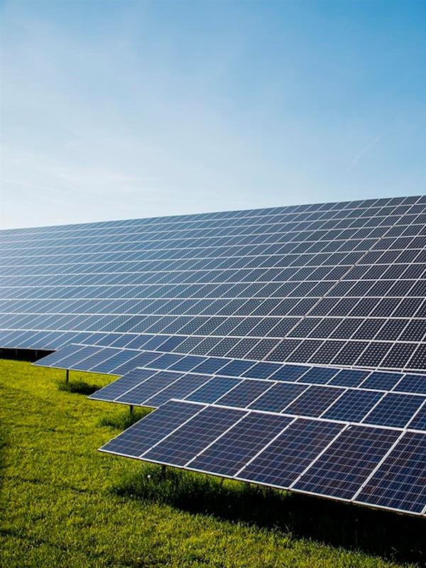 Andalucía impulsará a las energías renovables con 200 millones