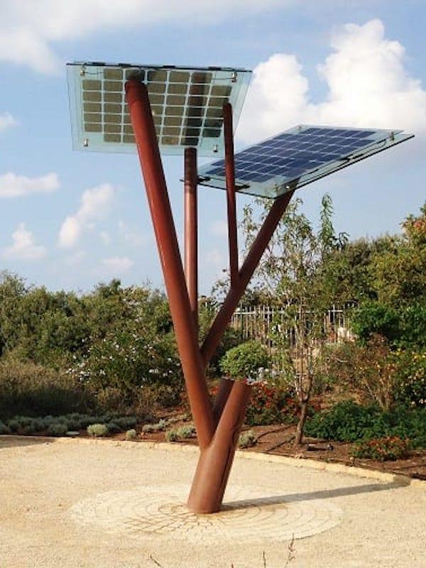 C. Valenciana, árboles solares y un innovador sistema para convertir las olas en energía