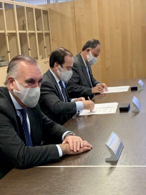 El Ayuntamiento de Madrid 'sopesa' el hidrógeno como alternativa 'limpia' para el trasporte