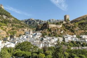 Cazorla (Jaén) desarrolla un proyecto de vías de escalada para seguir impulsando el turismo de aventura