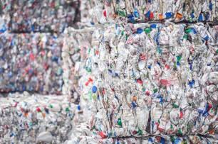 La pérdida de empleos en el sector de plásticos es 'crónica'