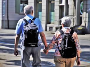 La vida social activa clave para evitar la demencia de los más mayores