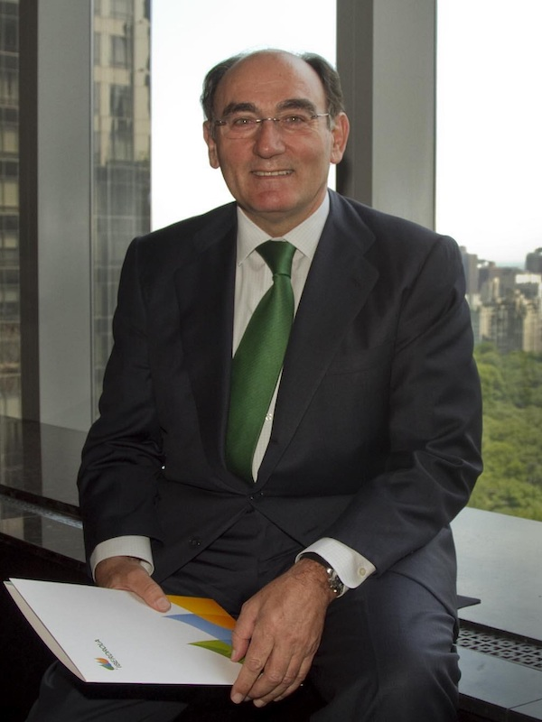 Iberdrola ampliará capital en Avangrid para financiar compra de PNM Resources