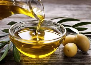 La tecnología blockchain certifica la calidad del aceite ecológico de la cooperativa Conde de Benalúa
