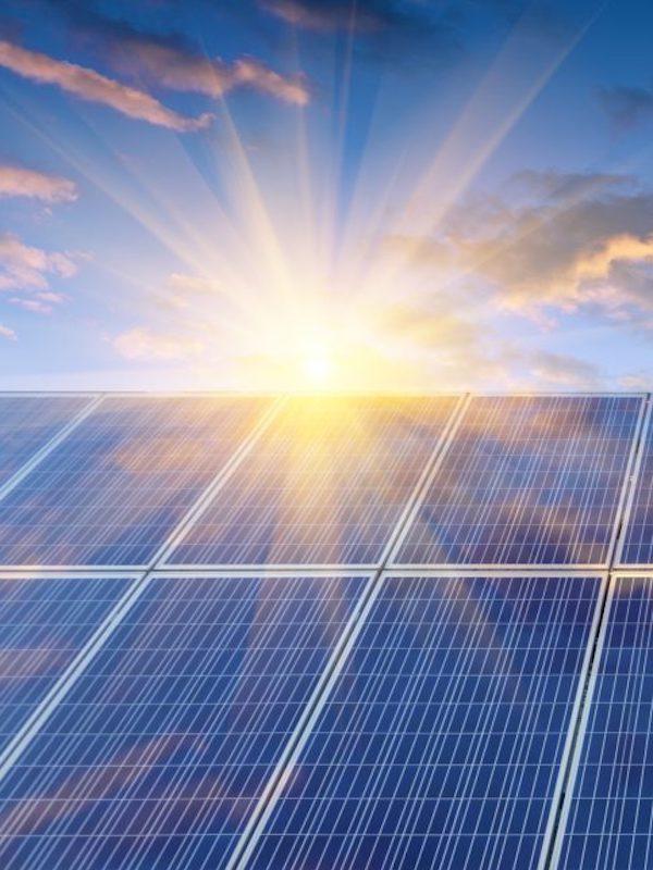 Nuestro rol central en el cambio de modelo energético