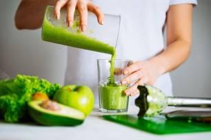 Las dietas détox y los ayunos prolongados no ayudan a la salud hepática