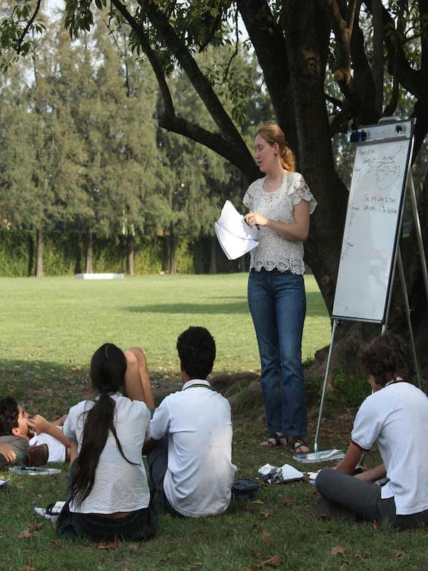 La naturaleza en las aulas y clases al aire libre son 'vitales' para la formación de los jovenes