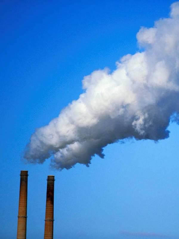 Repsol propone 'parches' para resolver el tema de las emisiones de CO2