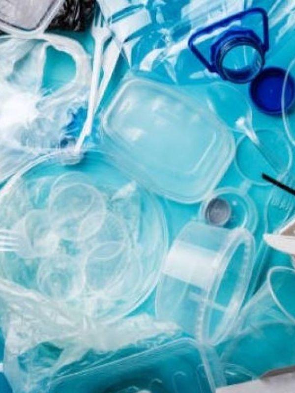 Las fibras sintéticas de la ropa son 'letales' contra la contaminación del plástico